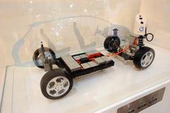 Nissans TREIBEN Baumuster des elektrischen Autos Blätter Lizenzfreies Stockfoto