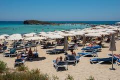 Nissi海滩胜地 白色沙子和透明的海水 Cypr 免版税图库摄影