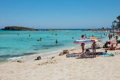 Nissi海滩胜地 白色沙子和透明的海水 Cypr 库存照片