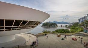 Niteroi moderna Art Museum - MAC - Niteroi, Rio de Janeiro, Brasilien royaltyfri bild