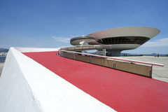 Niteroi museum Rio de Janeiro Brazil Ramp Entrance Arkivbilder
