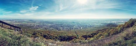 Nitra市的全景从Zobor小山,蓝色过滤器的 免版税库存照片