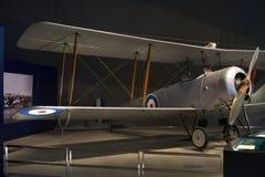 Nivåer WW1 och WW2 i museum för krigminnesmärke royaltyfri foto