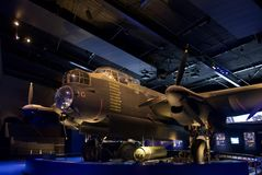 Nivåer WW1 och WW2 i museum för krigminnesmärke royaltyfria bilder