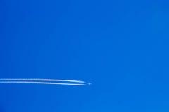 Nivån var i den blåa himlen (1) Royaltyfria Foton