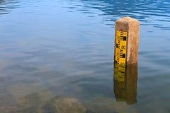 Niveau d'eau images stock