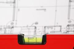 Niveau d'eau et plans architecturaux Photographie stock libre de droits