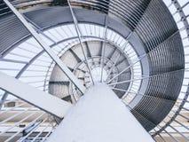 Nivel de acero del modelo de la escalera del espiral del detalle de la arquitectura Imágenes de archivo libres de regalías