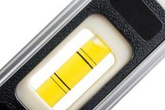 Nivel de alcohol en el fondo blanco Imágenes de archivo libres de regalías