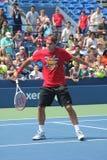 Dezessete práticas de Roger Federer do campeão do grand slam das épocas para E.U. abrem no rei Nacional Tênis Cente de Billie Jean Fotos de Stock