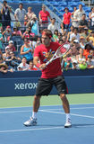 Dezessete práticas de Roger Federer do campeão do grand slam das épocas para E.U. abrem no rei Nacional Tênis Cente de Billie Jean Foto de Stock Royalty Free