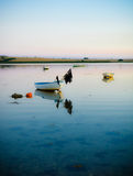 Nivelando a calma na baía Foto de Stock