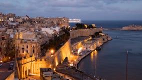 Nivelando o hyperlapse de Valletta, Malta video estoque