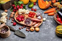 ?niw warzywa z zielarskim kuchennym ogr?dem zdjęcia royalty free