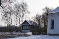 NIZHNE ABLYAZOVO,俄罗斯- 2016年1月02日:俄国村庄NI 免版税库存照片