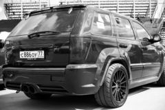 Nizhniy Novgorod, Russia - 15 luglio 2015: Jeep Grand Cherokee SRT fotografia stock libera da diritti
