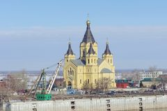 Nizhny Novgorod俄国 - 3月14日 2017年 亚历山大・涅夫斯基大教堂  免版税库存照片