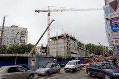 Nizhny Novgorod俄国 - 9月06日 2017年 住宅复杂议院的建筑被找出的自由的 库存图片