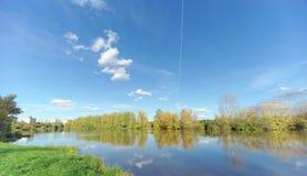 Nizhny Novgorod俄国 - 10月12日 2016年 Sormovo湖的看法 库存图片