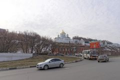 nizhny novgorod Ρωσία - 24 Μαρτίου 2017 Το Annunciation μοναστήρι σε Nizhny Novgorod Μια άποψη της εκκλησίας Alekseevskaya από το Στοκ εικόνες με δικαίωμα ελεύθερης χρήσης
