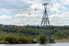 Nizhny Novgorod, het Roeien Kanaal steun van de kabelbaan Stock Foto