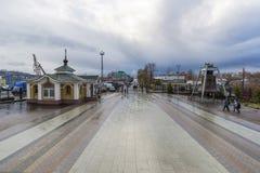 Nizhny Novgorod, Rosja - 03 11 2015 Teren przed katedry St Aleksander Nevsky xix wiek Zdjęcie Stock