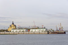 Nizhny Novgorod, Rusland - 30 september 2016 Bouw van het stadion in Nizhny Novgorod aan de Wereldbeker 2018 van FIFA Stock Afbeelding