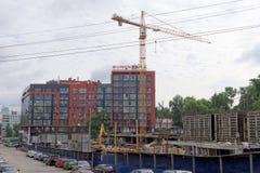 nizhny novgorod Russia - Czerwiec 27 2017 Budowa mieszkaniowy kompleksu dom na wolności lokalizować Fotografia Stock
