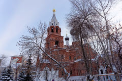 Nizhny Novgorod russia - December 02 2016 Övervintra sikten av templet av denbarmhärtiga frälsaren Royaltyfri Fotografi