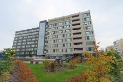Nizhny Novgorod russia - Oktober 4 2016 Nybyggnad av en bostads- byggnad på Kerch gata 13 Royaltyfri Foto