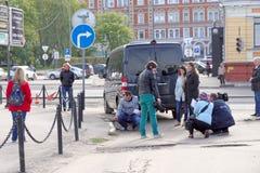 Nizhny Novgorod, Russia. - September 30.2016. Correspondents Volga regional TV make TV report on the assessment of the road servic Royalty Free Stock Photography