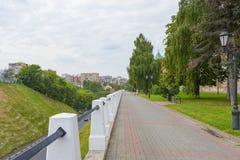 Nizhny Novgorod, Russia - 4 settembre 2018: Il boulevard di Cremlino immagine stock libera da diritti