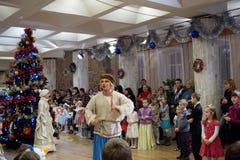 nizhny novgorod Russia - Styczeń 08 2017 Dziecka ` s nowego roku świętowanie w Nizhny Novgorod kukły Theatre Obrazy Stock