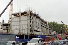 nizhny novgorod Russia - Wrzesień 06 2017 Budowa mieszkaniowy kompleksu dom na wolności lokalizować Obrazy Royalty Free