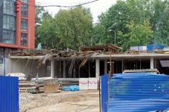 nizhny novgorod Russia - Wrzesień 06 2017 Budowa mieszkaniowy kompleksu dom na wolności lokalizować Obrazy Stock