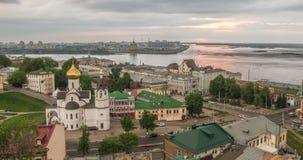 Nizhny Novgorod, Russie Temps-faute de jour, vue de la Volga, le confluent de l'Oka et du Volga, Nizhny Novgorod banque de vidéos