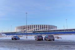 Nizhny Novgorod, Russland - 2. März 2018 Bau des Stadions in Nischni Nowgorod zur Fußball-Weltmeisterschaft 2018 Lizenzfreie Stockfotos