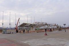 Nizhny Novgorod, Russland - 27. Oktober 2017 Die Nischni Nowgorod Messe war die Zerstörung von zwei vorübergehenden Pavillons, di Lizenzfreie Stockbilder