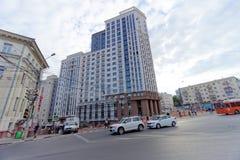 Nizhny Novgorod, Russland - 13. September 2018 Bau des komplexen Wohnhauses auf der Freiheit gelegen in der Mitte von Th Stockbild