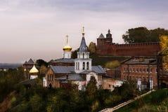 Nizhny Novgorod, vista di vecchia città, che non è non di più Nizhny Novgorod, la banca giusta del fiume di Oka, l'autunno tardo fotografia stock libera da diritti