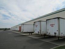 NJ的繁忙的仓库,美国 库存图片
