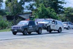 NMS Holownicza ciężarówka dla przeciwawaryjnego samochodowego ruchu Obrazy Royalty Free