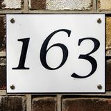 Nnumber 163 de la casa Imagen de archivo libre de regalías