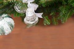 Noël-arbre avec des babioles Photographie stock libre de droits