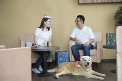 Noël asiatique de couples Photographie stock libre de droits