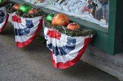 Noël blanc et bleu rouge Photographie stock libre de droits