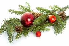 Noël de bille arrêtant l'arbre rouge Image libre de droits