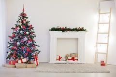 Noël de cadeaux de décor d'arbre de Noël de nouvelle année Images libres de droits