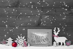 Noël de Gray Background Snowflakes Frame Merry Photographie stock libre de droits