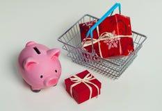 Noël de tirelire pour vos grands cadeaux d'achat Photographie stock libre de droits
